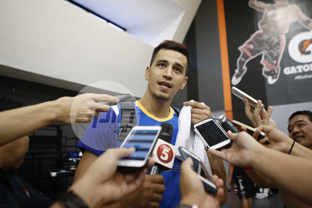 Marc Pingris plays down fight for Gilas spots: 'Kahit gawin akong practice player, okay lang'