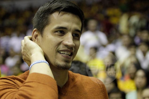 Marc Pingris goes back to school, takes up full load for management course at PSBA