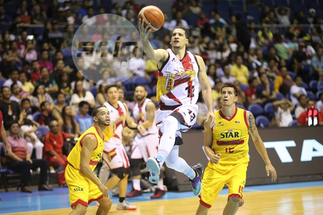 'Super Marcio' Lassiter sparks shorthanded San Miguel in rout of Star Hotshots