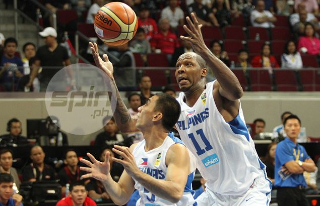 Chot Reyes rips into Marcus Douthit, accuses naturalized player of 'quitting' on Gilas in loss to Qatar