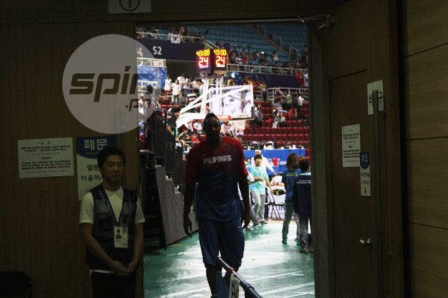 Marcus Douthit's status with Gilas still 'up in the air' after benching, says coach Chot Reyes
