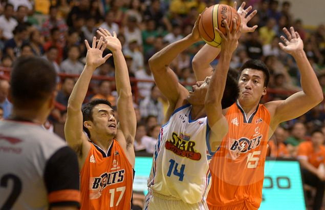 Mark Barroca says 'bawal humarang' rule won't apply when he meets Pacquiao in PBA game