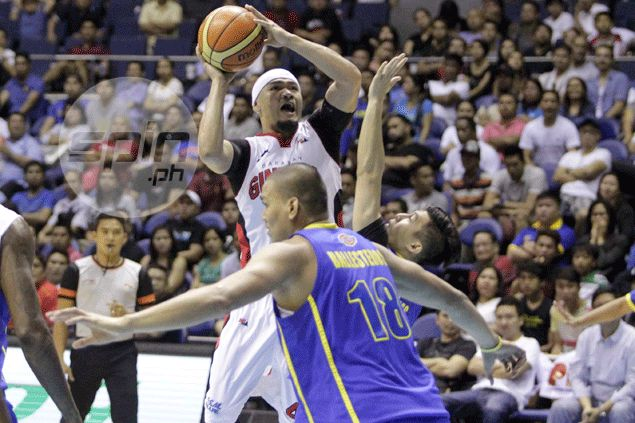 Mark Caguioa's All-Star appearance in doubt after hurting hip late in Ginebra win over Blackwater