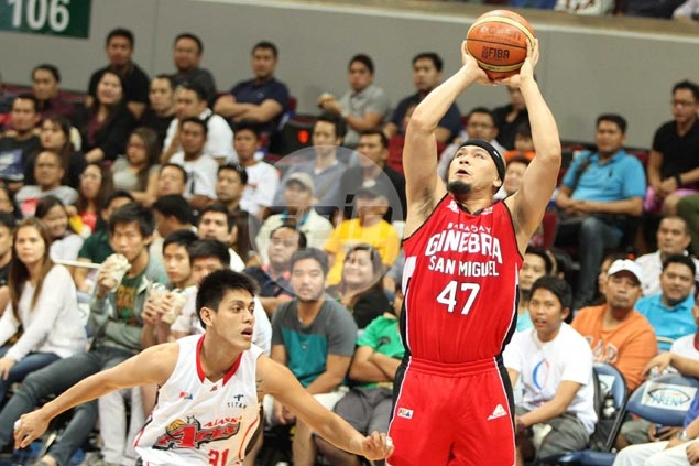 Ginebra star Mark Caguioa slapped with P5,000 fine for 'vicious' hit on Abueva