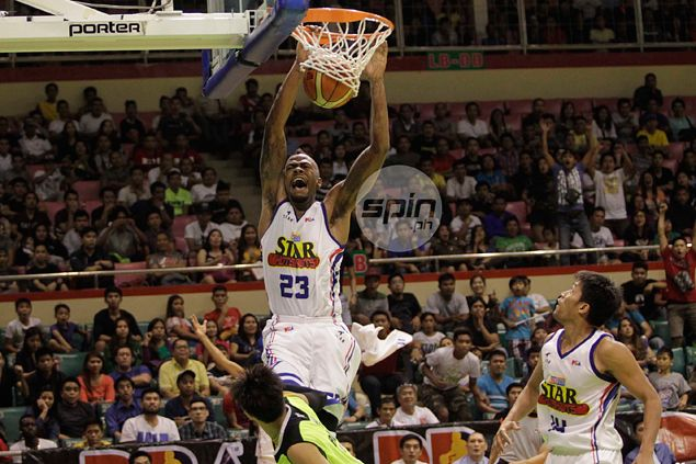 Marqus Blakely stands tall as Purefoods debuts with smashing win over GlobalPort