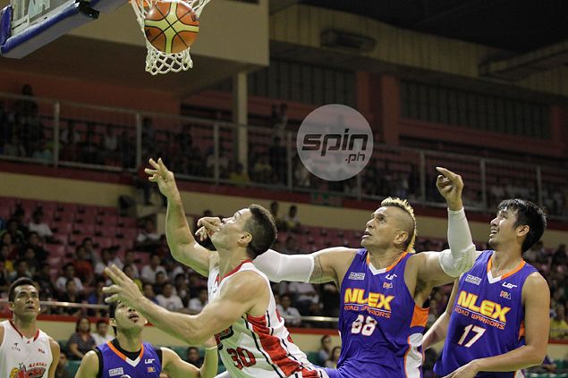 Eric Menk 'Throwback Thursday' performance no longer a surprise for batchmate Asi Taulava