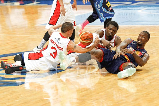Error-prone Michael Dunigan issues apology for letting Ginebra fans down