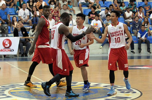 Mighty Sports completes first-round sweep in PCBL elims behind Ravena, Mangahas heroics