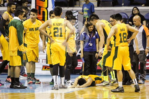 FEU gunner Mike Tolomia hopeful extent of injury not bad after spraining ankle against UE