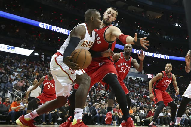 Atlanta starters all score in double digits as Hawks clip feisty Raptors