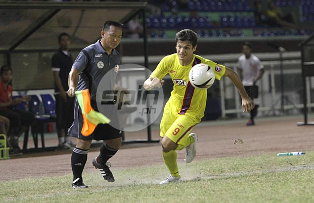 Ten-man Global FC blanks Archers to remain unbeaten and regain UFL top spot