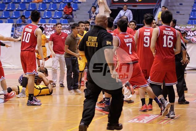 Mapua coach Atoy Co to sue EAC guard John Tayongtong for 'attack' on CJ Isit
