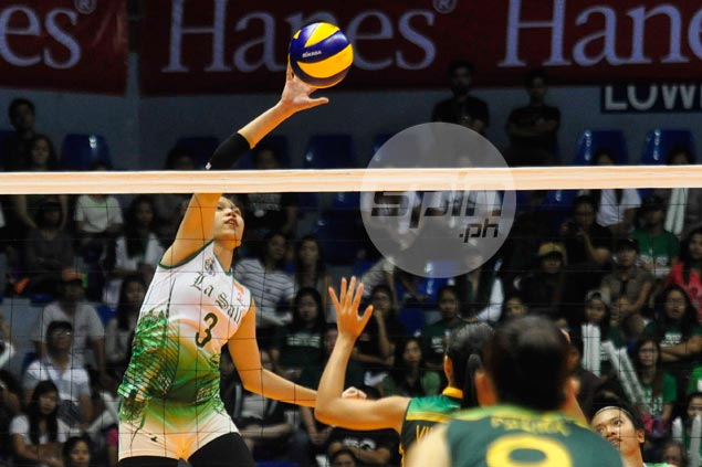 De La Salle Lady Spikers buck collapse to deny FEU, get back on winning track
