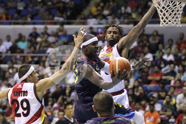 Yeng Guiao impressed with Mo Charlo enough to consider him for Governors' Cup