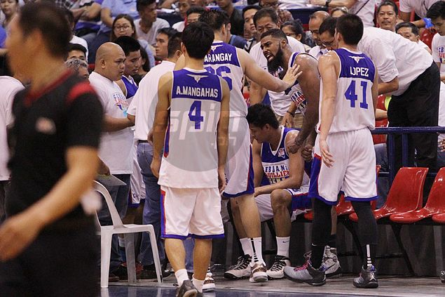 Boycie Zamar praises Tautuaa, Cebuana players for leaving it all out on the floor