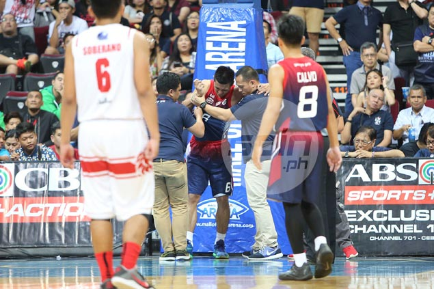 Rey Nambatac holds head up in valiant Letran fightback despite leaving late due to cramps