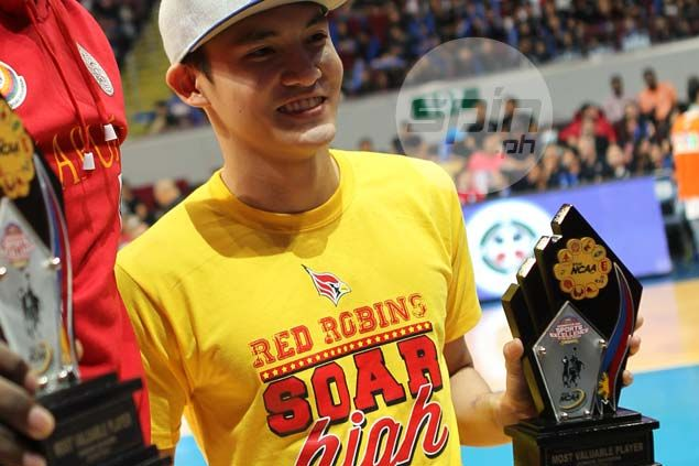 Michael Enriquez makes it a double for Mapua by winning NCAA juniors MVP award