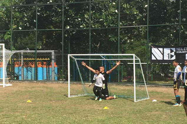 Azkals star Neil Etheridge gives back with NE1 Goalkeeping School