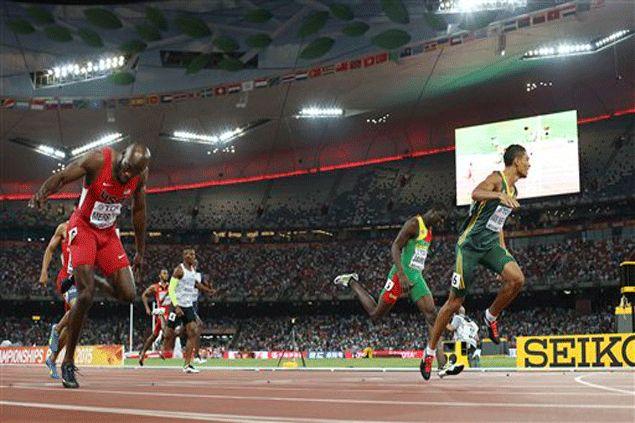 A new star is born as South African Wayde van Niekerk wins 400 m run in world meet