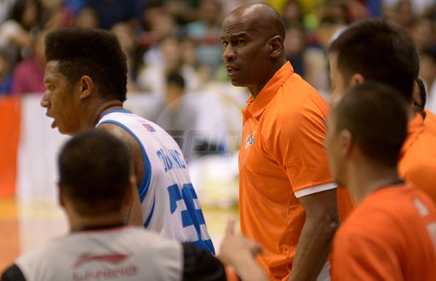 Meralco wary of giving Purefoods new lease on life as Bolts eye to finish off Hotshots