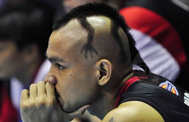 Ogie Menor's outlandish 'butiki' hairstyle leaves fans scratching their heads