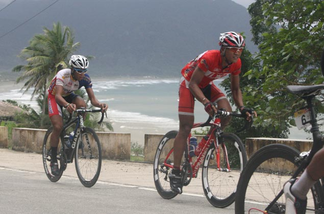 Oranza holds on to slim lead in Ronda bike race
