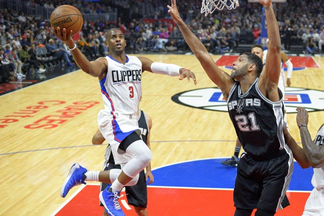 Chris Paul takes over late as undermanned Clippers halt Spurs' 6-game win run