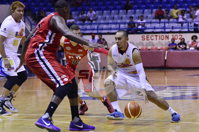 Late heroics from Quinahan, Cruz help Rain or Shine survive fright from Blackwater