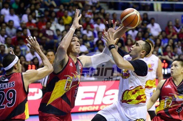 Fit-again Paul Lee returns favor after Rain or Shine teammates held fort in his absence