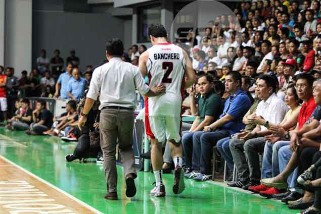 Chris Banchero suffers fractured hand, sits out Alaska game against Blackwater