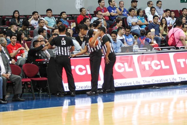 Yeng Guiao goes easy on PBA officiating, for now, following offseason innovations