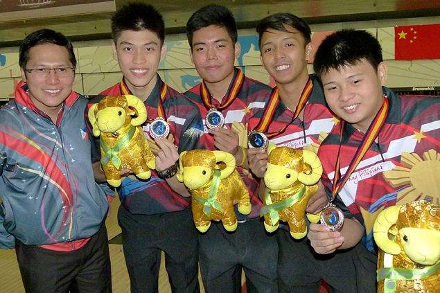 Philippine junior bowlers look forward to world youth meet after winning two silver medals in Asian tourney
