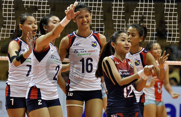 Perfect 10 as Petron beats Shopinas to complete sweep of Super Liga elims
