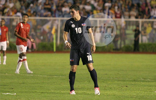 Azkals shake off early miscue to pull off four-goal win over Laos in Suzuki Cup debut