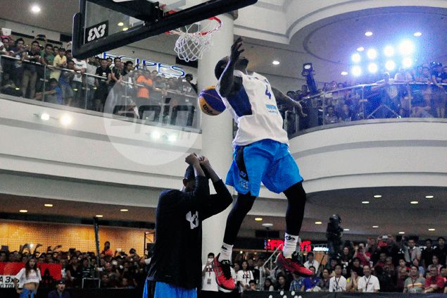 Rey Guevarra honored to have beaten idol Porter Maberry in FIBA dunk contest