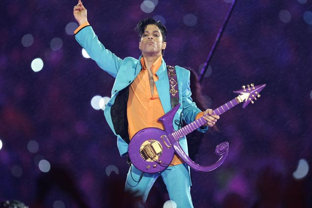 Sports world mourns passing of music legend Prince, who's also a skilled basketball player in his youth