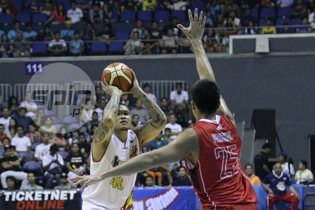 Hot streak earns JR Quinahan first Accel Player of the Week citation of PBA season