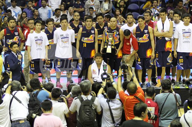 Rain or Shine declares it is willing to trade anyone - including Paul Lee - for top big man