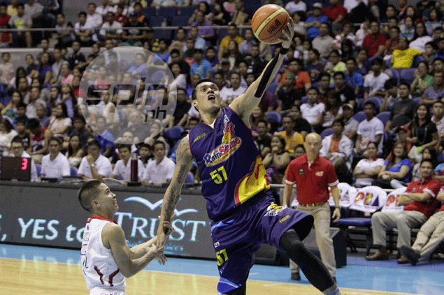 Dressing down from RoS coach Yeng Guiao lights fire in Raymond Almazan's belly