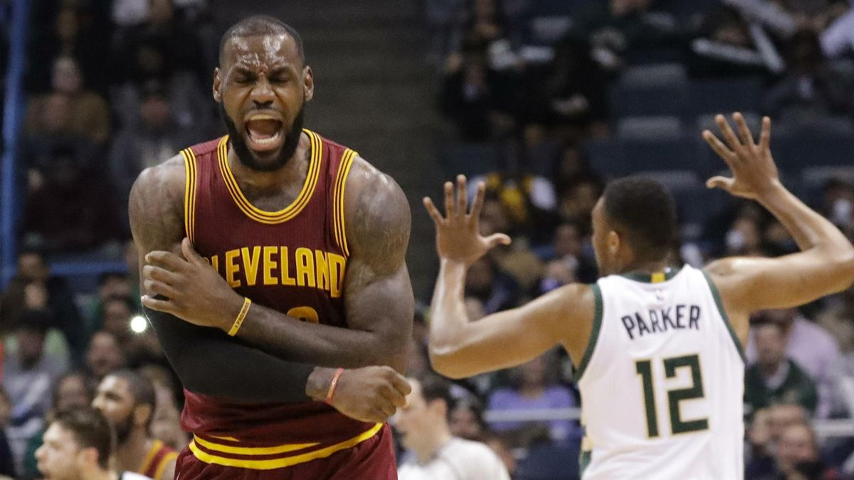 LeBron James Top 10 NBA free-agent deals
