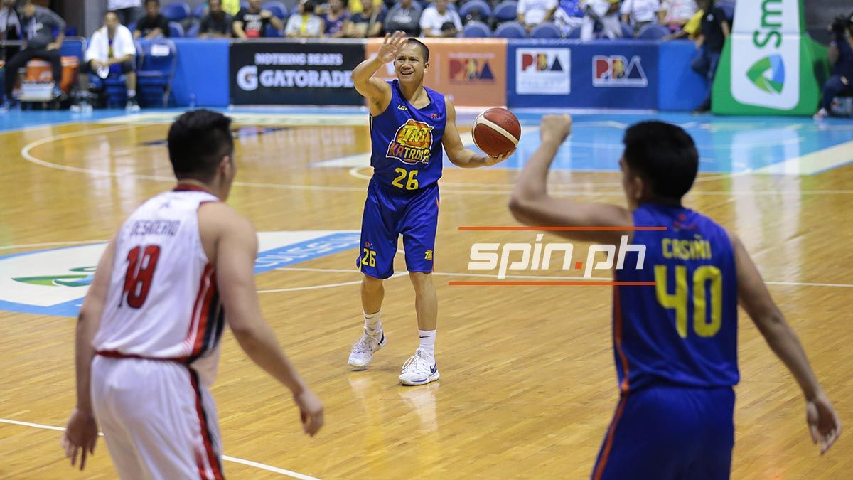 Almond Vosotros running a play for TNT Tropang Giga