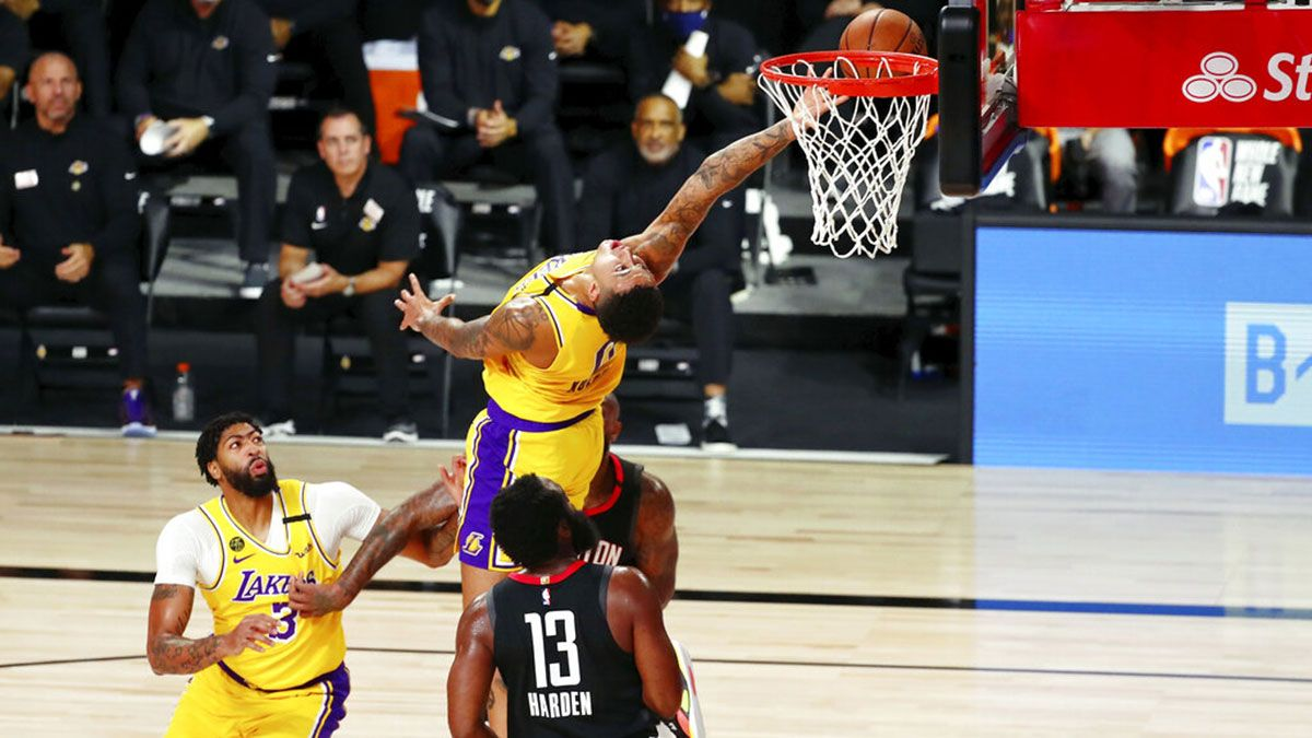 Harden drops 39, 12 assists as Rockets beat LeBron-less Lakers