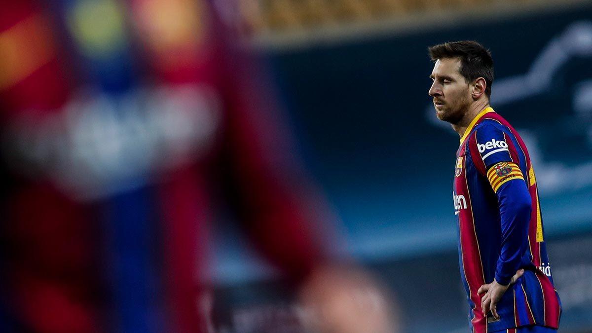 Lionel Messi sent off, Athletic beats Barca in Spanish ...