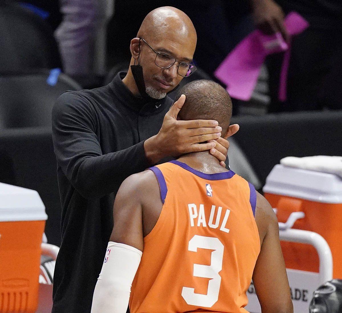 Chris Paul with Suns coach Monty Williams.