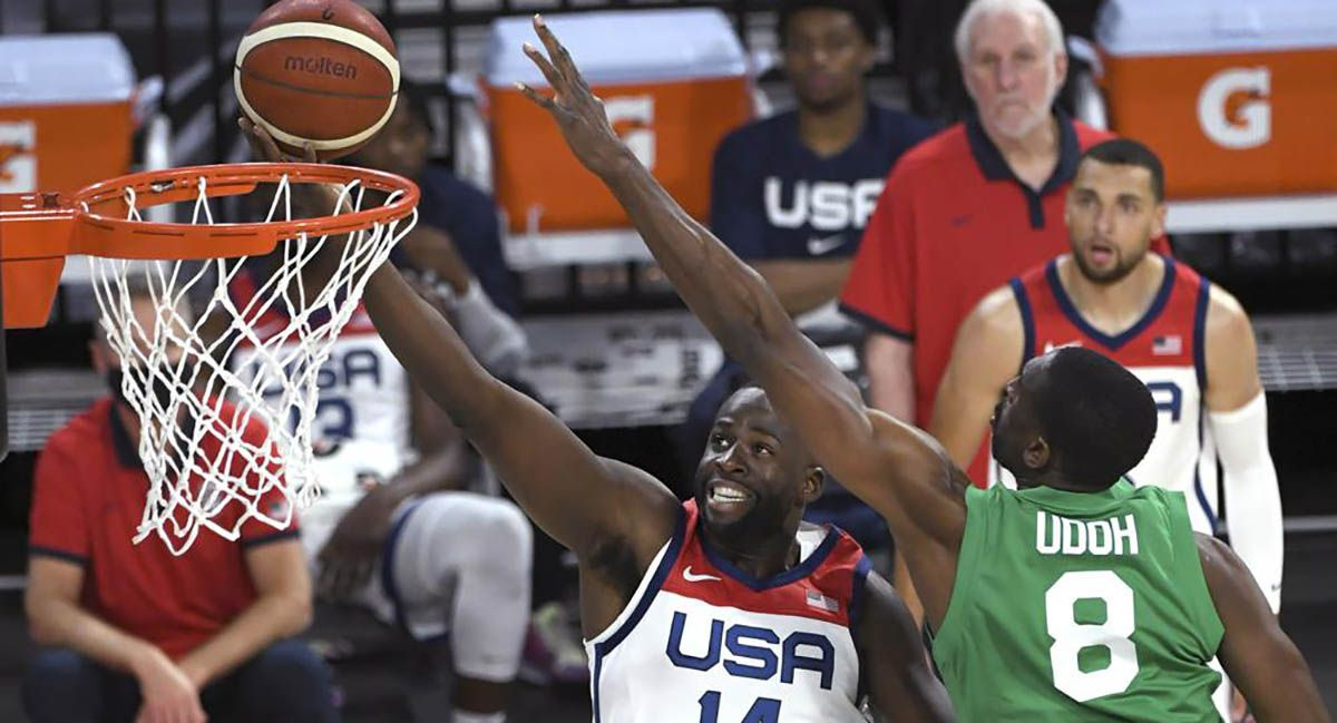 Draymond Green going for a layup against Nigeria.