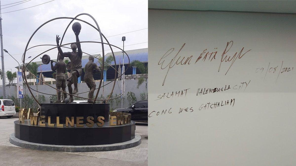Wes Arena Valenzuela, facade, Efren Bata Reyes signature