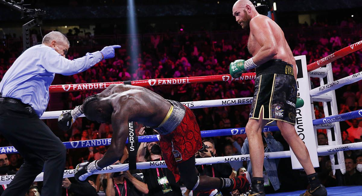 Tyson Fury drops Deontay Wilder for the third and final time.