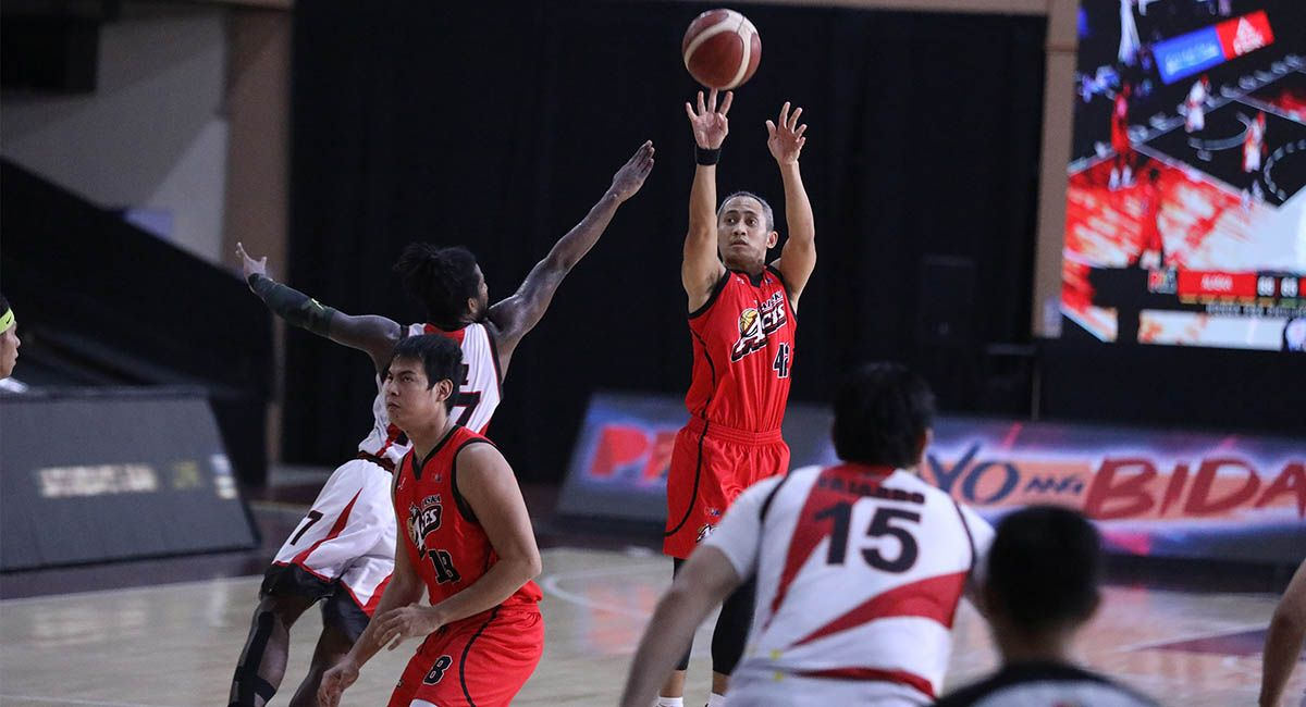JVee Casio, seen pulling up for a jumper against SMB, has parted ways with Alaska after a trade.