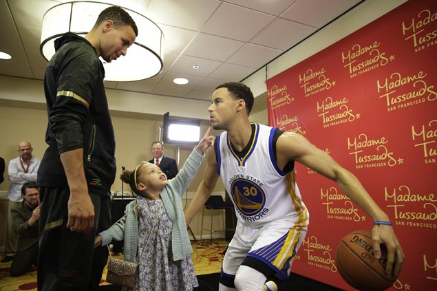 Stephen Curry gets his own wax figure unveiled in Madame Tussauds