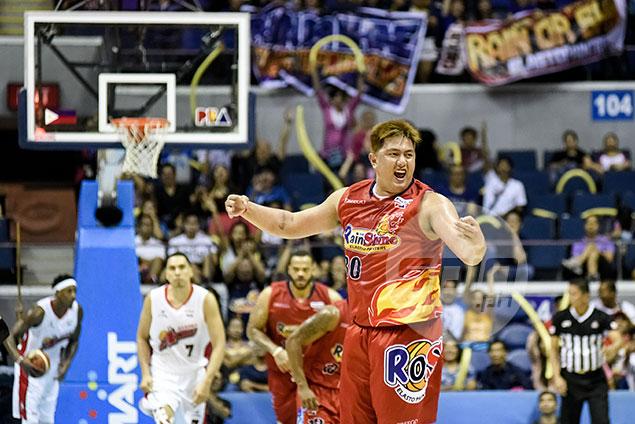 Beau Belga urges Rain or Shine teammates: 'Wag na natin pakawalan to'